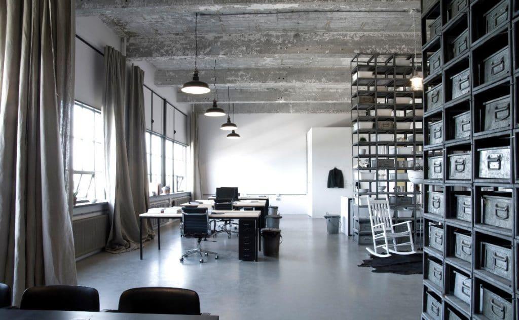 Gietvloer op kantoor: de ideale vloerafwerking